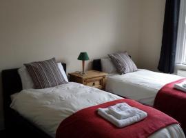 Bath Holiday Suites, Bath