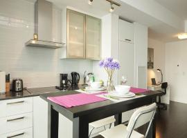 EG Suites - Stunning Condo near CN Tower, Toronto