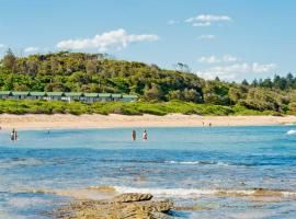 Blue Lagoon Beach Resort, Bateau Bay