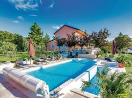 Holiday home Smrika 80 with Outdoor Swimmingpool, Šmrika