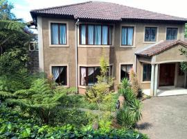 Villa Santuario, Hilton
