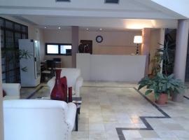 Hotel Lazaro, Villa Mercedes