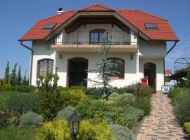 Eden Holiday Home, Zamárdi