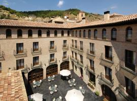 Hotel Cienbalcones, Daroca