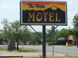 The Hills Motel, Junction