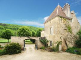 Chateau De Sermizelles, Voutenay-sur-Cure