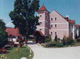 Csikós Lovasudvar, Pécsely