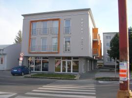 Hotel Arli, Senica