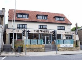 The White Lady, إدنبرة
