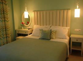 White Sands Beach Hotel, Vráchos