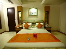OYO Rooms Teynampet US Consulate
