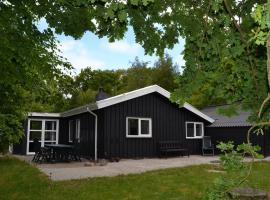 Esbjerg Holiday Home 446