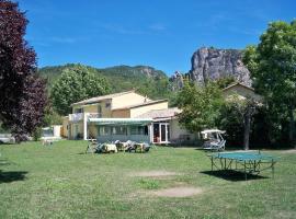 L'Oustaou, Castellane