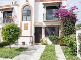 Holiday House Cancun San Jeronimo