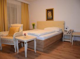 Hotel zum Goldenen Schiff, Enns