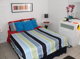Adib Apartments - 625 Borthwick Ave, Unit 9, Ottawa