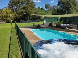 Early Settlers Motel Tocumwal, Tocumwal