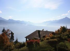 """140 m2 op het """"Alpen-zonneterras"""" in Beatenberg, Beatenberg"""
