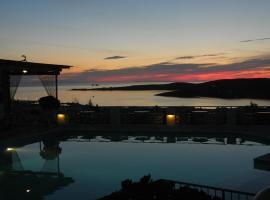 Sunset View, Paroikia