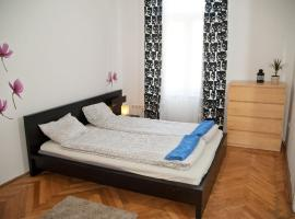 Kazinczy downtown apartment, Budapeste
