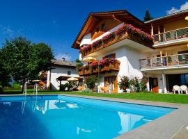 Haus Rosengarten, Tirolo