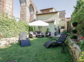 Apartment Lucca (LU) with Hot Tub VI, Guamo