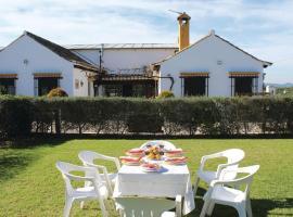 Holiday Home Benalup- Casas Viejas with Fireplace XI, Malcocinado