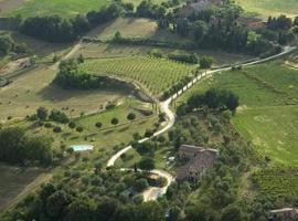 Agriturismo La Grotta Di Montecchino, Siena