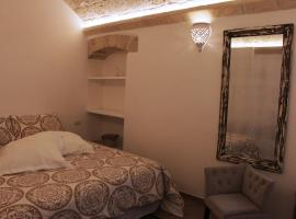 Palazzo Manfredi - Bed and Breakfast, Monopoli