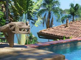 Seagull Cove Resort, Boca Chica
