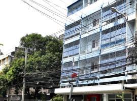 Absolute J Hostel, Bangkok