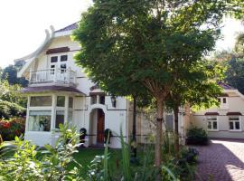 Koetshuis34, Schoorl