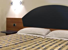 Hotel Marconi, Case Martinez