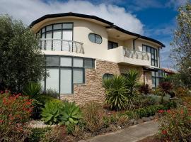 Villa de Marseilles - Melbourne, פוינט קוק