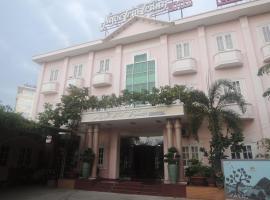 Ngoc Trai Trang Hotel
