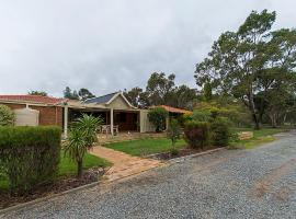 Holiday House On One Six Six, Forrestfield