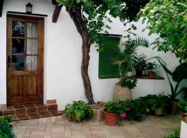 Señorío de Monterruiz, Casas de Santa Cruz