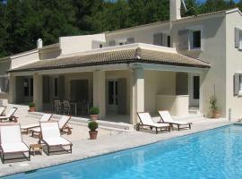 Villa Pernes les Fontaines, La Roque-sur-Pernes