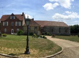 La maison d'amis, Auneuil