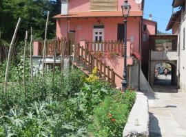 Borgo Verde, Carrodano Inferiore