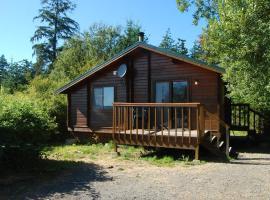 La Conner Camping Resort Deluxe Cabin 6, La Conner