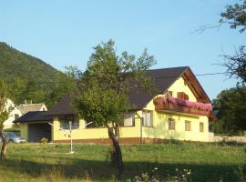 House Mara, Korenica