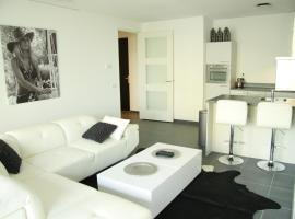 Calypso 220 Luxury Apartment with Private parking and Gym, Rotterdam