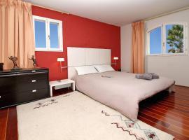 Villa Micheline 12P, Tanneron