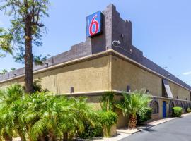 Motel 6 Glendale, Glendale