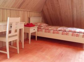 Sika Holiday Houses, Hellamaa