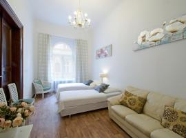 Charles Bridge 3 Bedroom Apartments, Praha