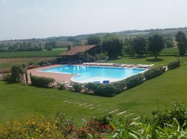 Residenza Fornasetta, Castel Venzago
