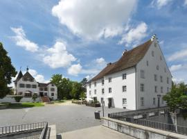 Hotel im Schlosspark, Binningen