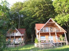 Ośrodek Wczasowy Złoty Dąb - domki